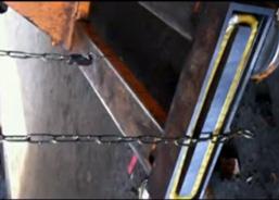 利用电磁铁轻松吸附链条